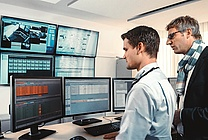 Network Operation Center (NOC) von M-net zur Kontrolle des Netzes (jpeg, 450 dpi, 2 MB)