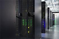 Serverreihen im M-net Rechenzentrum